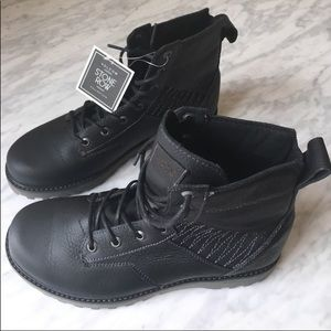 NIB Volcolm boot. Hard to find. Super cute.